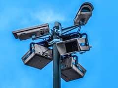 AAP सदस्य का आरोप: विश्वास पार्क से सीसीटीवी कैमरों की चोरी हुई