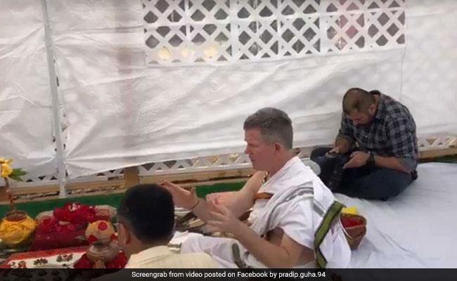 फिरंगी ने संस्कृत में धड़ाधड़ बोले श्लोक, समझाई शनि की दशा, वीडियो हुआ वायरल