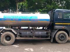 दिल्लीः पिता की आंखों के सामने टैंकर से कुचलकर मरी छात्रा, बहन की हालत गंभीर