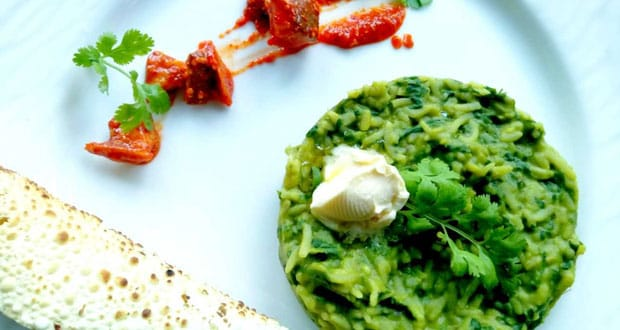 Get A Healthy Fix Of Proteins In This Palak Dal Khichdi (Recipe Inside)