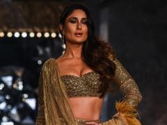 Kareena Kapoor Is A Golden Goddess In A 30-Kilo <i>Lehenga</i>
