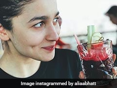 Janhvi Kapoor To Alia Bhatt: Celebs Are Proving That No Makeup Is The Best Makeup