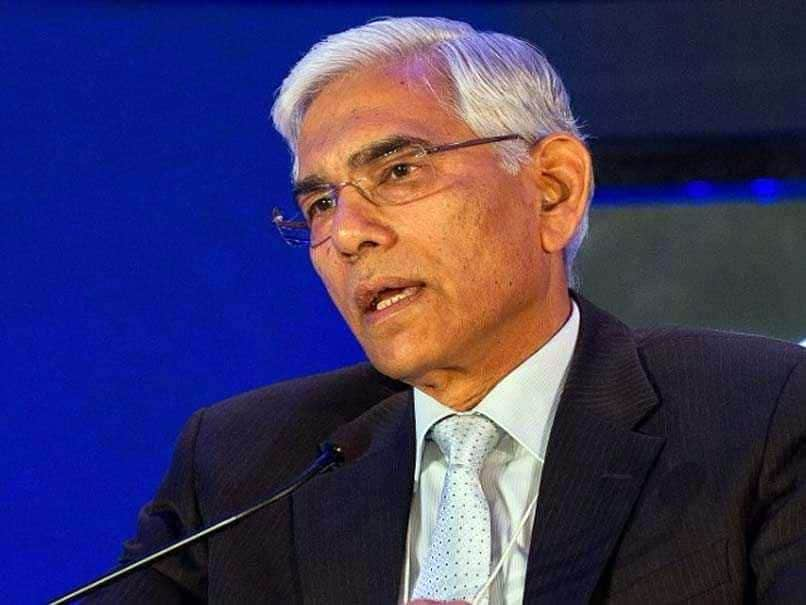 COA Chief Vinod Rai Welcomes