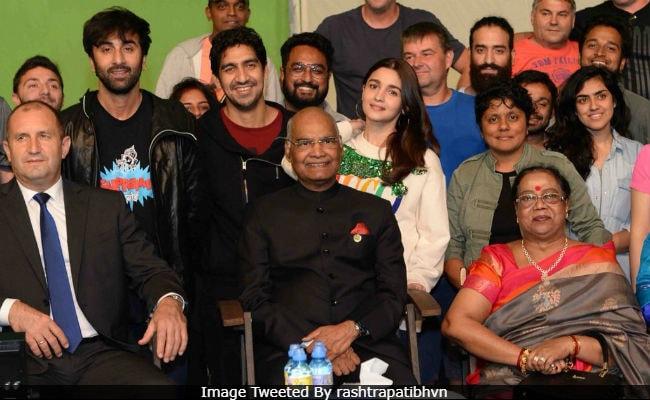 Ranbir Kapoor, Alia Bhatt And Team Brahmastra Meet President Kovind In Bulgaria. See Pics