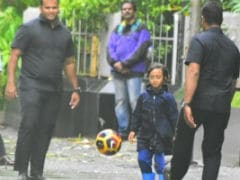 Aamir Khan's Son Azad Plays Football With Security Personnel In Mumbai Monsoon. See Pics