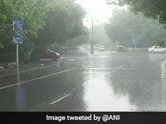 Weather Report: दिल्ली में गरज के साथ तेज बारिश की चेतावनी, जानें अन्य राज्यों का का मौसम अलर्ट