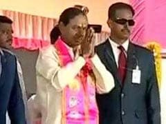 West Bengal, Bihar, Karnataka Chief Ministers Congratulate KCR On Lead