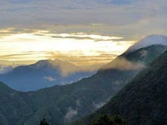 झरने, हिमालय पर्वत, हरियाली और सुकून से भरा है देहरादून में मौजूद 'चकारता'