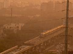 दिल्ली की हवा में बढ़ी धूल, जानें शरीर के किस हिस्से को पहुंच सकता है नुकसान