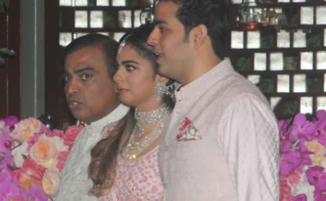 Akash Ambani Shloka Mehta Have Their Starry Pre Engagement