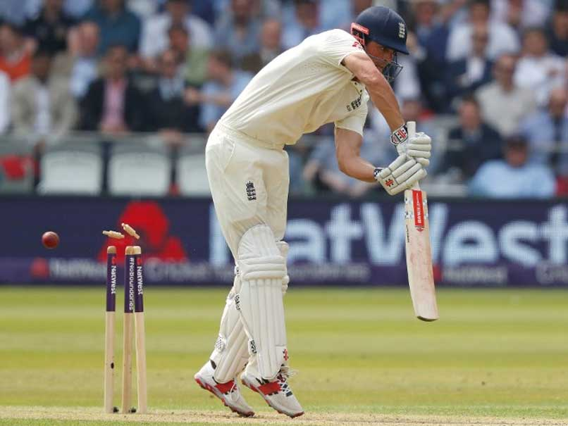 1st Test, Day 1: Pakistan Pounce As England