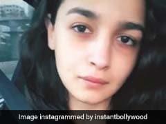 आलिया ने इंटरनेट पर डाली सुबह-सुबह की फोटो, कलंक की शूटिंग के लिए रवाना