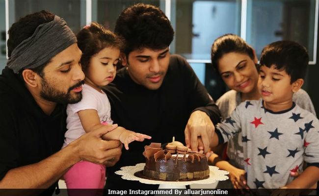 Telugu actor allu arjun family photos