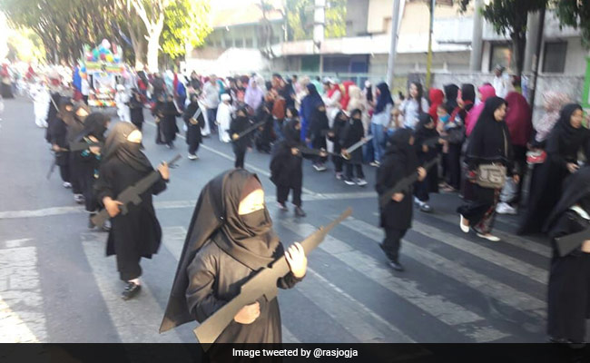 Outrage In Indonesia As Pre-Schoolers March With Gun Replicas