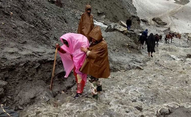Amarnath Yatra Suspended For Three Days
