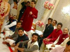 Throwback: Shah Rukh Khan To Sachin Tendulkar, Spot The Celebs In This Star-Studded Ambani Party Pic, Now Viral