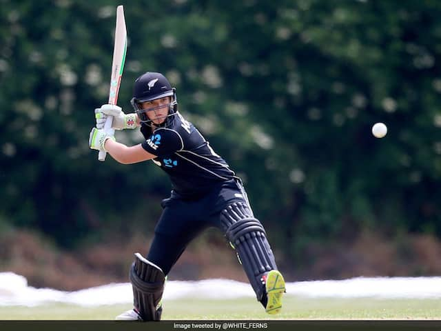 Amelia Kerr Became Youngest Double Ton Scorer In ODI Cricket