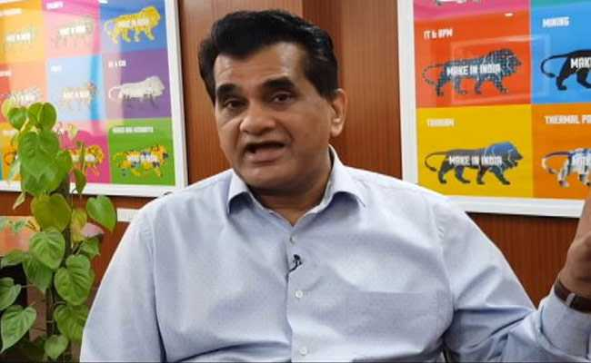 There Should Be No Road Tax On Electric Vehicles, Says Amitabh Kant