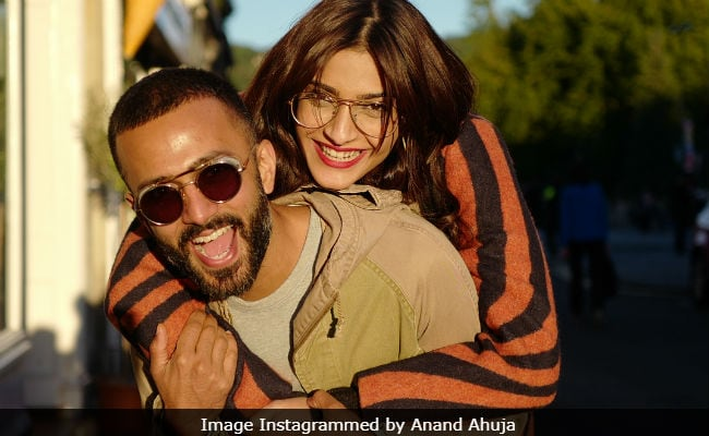 Sonam Kapoor And Anand Ahuja's New Mumbai Home Finalised. Guess Who's Designing It?