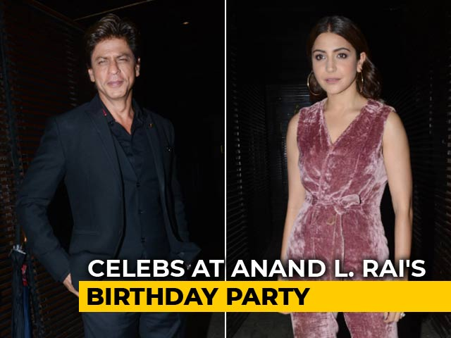 Video : SRK, Anushka & Others At Anand L. Rai's Birthday Party