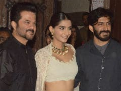 Anil Kapoor Needs Daughter Sonam And Son Harshvardhan To Focus On <i>Race 3</i> Now Please