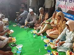 Father Of Delhi Man Killed By Muslim Girlfriend's Family Hosts <i>Iftaar</i>