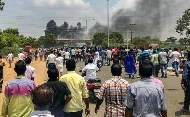 anti sterlite protest