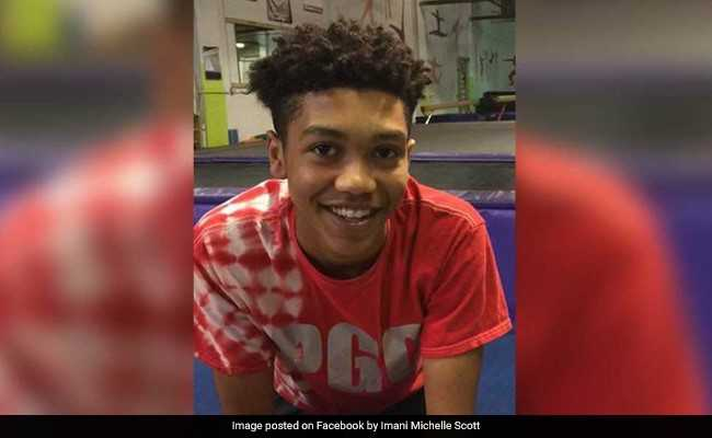 17-Year-Old Tried To Flee Traffic Signal. US Police Fatally Shot Him