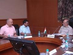 LG से मिलने के बाद बोले केजरीवाल - अगर केंद्र सरकार SC का ऑर्डर नहीं मानेगी तो देश में अराजकता फैल जाएगी