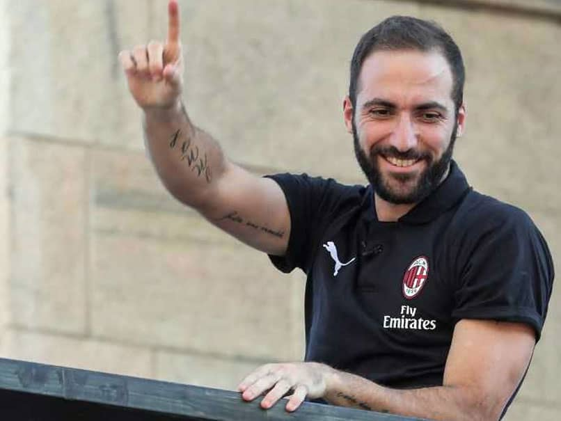Gonzalo Higuain Reveals Why He Chose AC Milan Over Chelsea