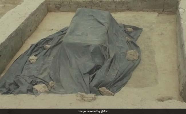 In Uttar Pradesh, 4,000-Year-Old Chariots And Coffins Found