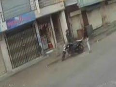 "On Video, Surat's 20-Year-Old ""Lady Don"" Seen Wielding Sword, Threatening Shopkeeper"