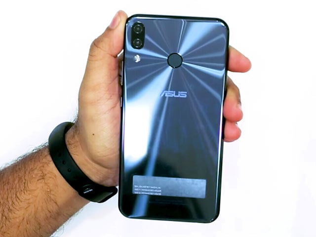 Asus ZenFone 5Z Unboxing And First Look: Specs, Camera, Price, And More