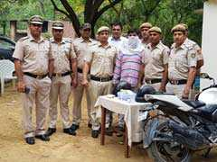 दक्षिण दिल्ली : 146 पुलिस कर्मियों की टीम; 2 झपटमार, पकड़ा गया एक!