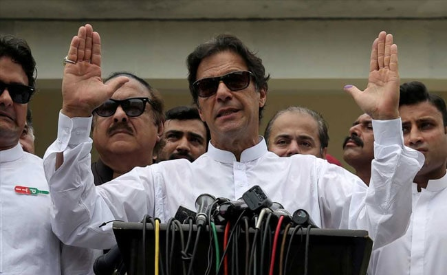 Imran Khan Oath On August 18, 3 Ex Indian Cricketers On Guest List