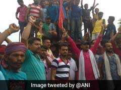 SC/ST एक्ट के विरोध में सवर्णों का आज भारत बंद, बिहार में कई जगह ट्रेनें रोकी गईं, पटना में BJP कार्यालय के बाहर प्रदर्शन