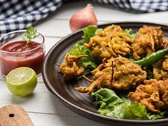 Indian Cooking Tips: How To Make <i>Karela</i> Leaf <i>Pakoda</i> For A Healthy And Tasty Evening Snack