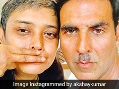 अक्षय कुमार के अजीबोगरीब मूंछ का उड़ा मजाक, फैन्स बोले- एकदम जेठालाल...