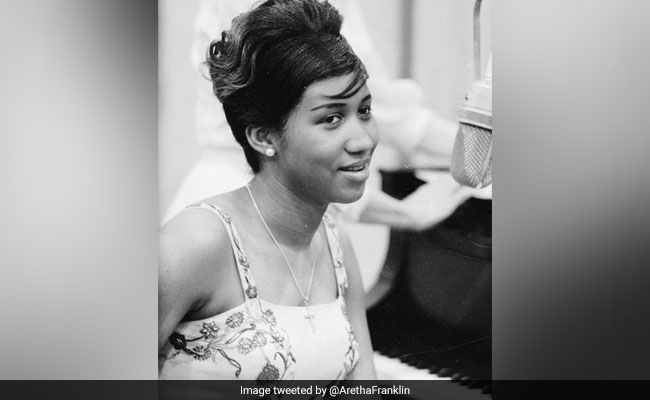 As Aretha Franklin's Fans Mourn Her, Here's How She Said Goodbye To Martin Luther King
