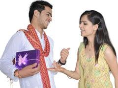 रक्षाबंधन 2018: इस Rakhi बहन को देना चाहते हैं 500 रुपये के अंदर का गिफ्ट तो ये हैं शानदार ऑप्शन