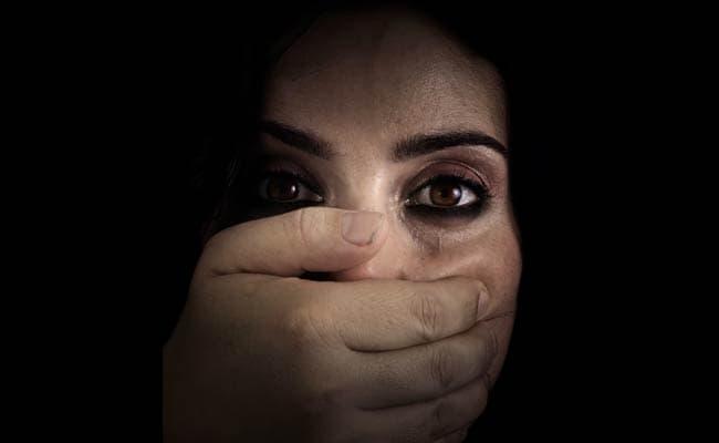 महिलाएं कभी नहीं भुला पाती ये दर्द, सालों तक उनके जहन में जिंदा रहता ये उत्पीड़न