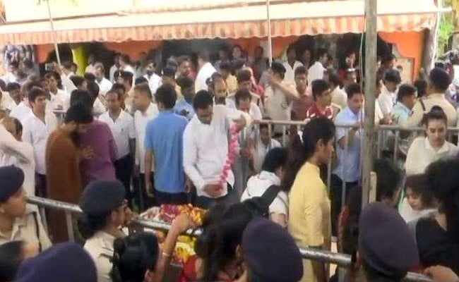 Day After Bhaiyyu Maharaj Suicide, Daughter Performs Last Rites