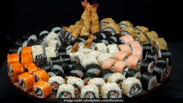 Bring Out The Foodie In You And Try These Biggest Foods In Delhi