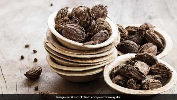 Benefits Of Eating Black Cardamom: 5 Amazing Benefits Of Eating Black Cardamom, Badi Elaichi Khane ke Fayde