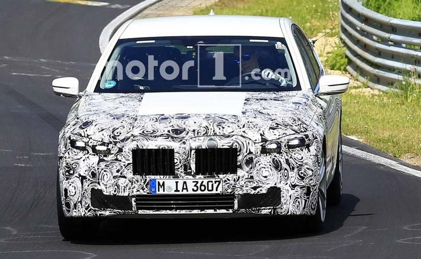 BMW 7 Series Facelift Spied, India Launch Expected Next Year