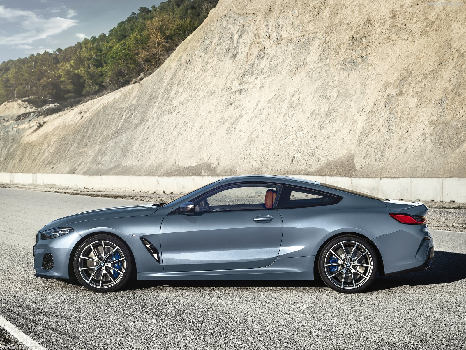 BMW 8 Series Coupe Finally Debuts