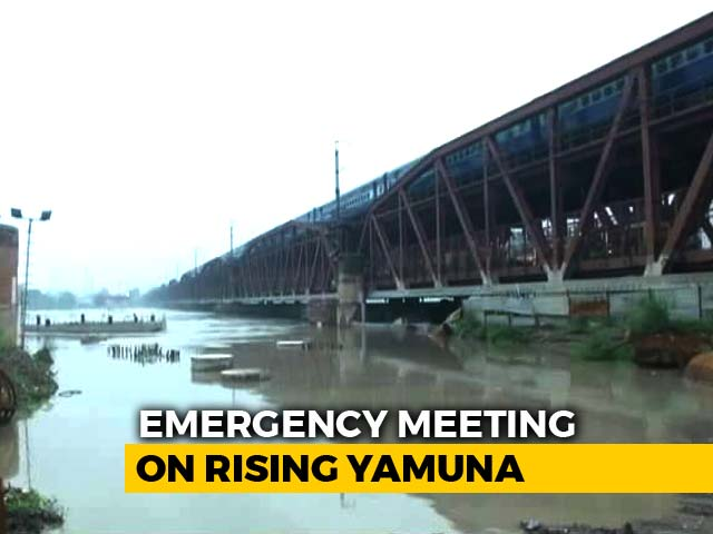 Video : Manish Sisodia Visits Low-Lying Areas, As Yamuna Rises Above Danger Mark