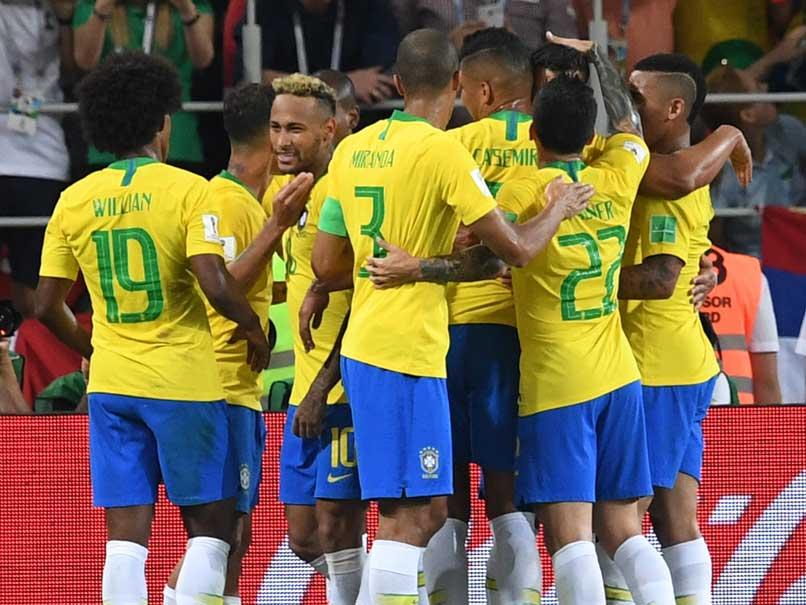 Thiago Silva, Paulinho Steer Brazil Into World Cup Last 16