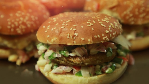 Hong Kong Hot Burger & Chaap in Rohini Serves Delicious Tawa Chaap Burgers