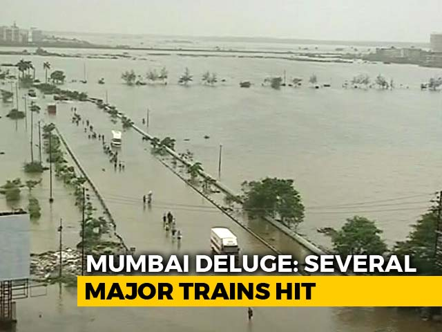 Video : Morning After Mumbai Deluge, Many Trains Cancelled, More Rain Warning